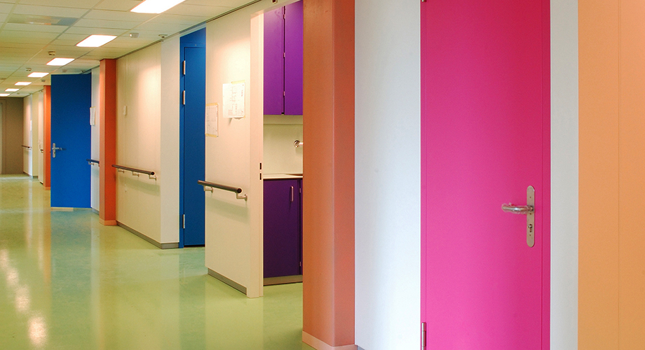 http://dutchhospitaldesign.com/wp-content/gallery/architecture/mzg-interieur-derk-jan-de-vries-07.jpg
